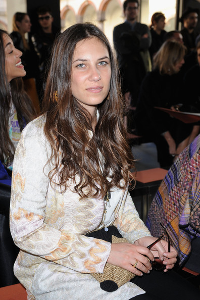 Tatiana Santo Domingo Long Wavy Cut