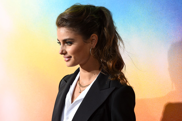 Taylor Hill Ponytail