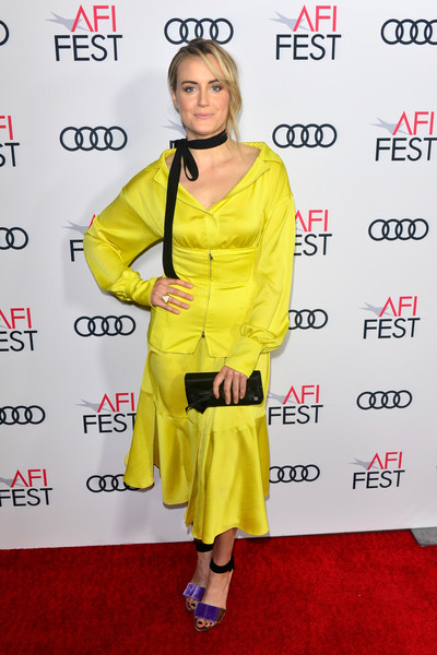 Taylor Schilling Satin Clutch [yellow,clothing,carpet,red carpet,outerwear,flooring,premiere,style,filmmakers,taylor schilling,california,hollywood,tcl chinese 6 theatres,afi fest,festival filmmakers 3,audi,audi - festival]