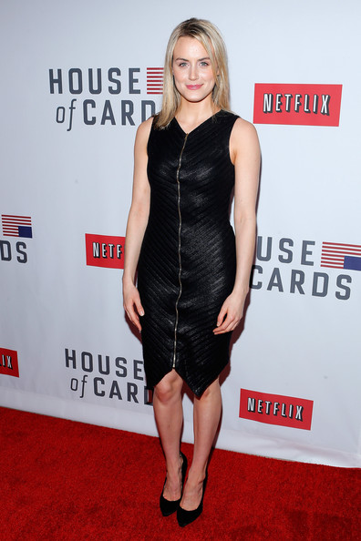 Taylor Schilling Little Black Dress [house of cards,clothing,dress,carpet,cocktail dress,red carpet,little black dress,shoulder,premiere,joint,flooring,arrivals,taylor schilling,new york,alice tully hall,netflix,new york premiere]