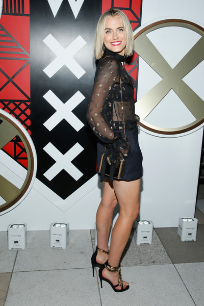 Taylor Schilling Chain Strap Bag [w hotels toasts,all aboard,clothing,leg,fashion,thigh,footwear,dress,outerwear,human leg,shoe,fashion accessory,taylor schilling,captains,all,more,w amsterdam,w hotels,opening,opening of w amsterdam]