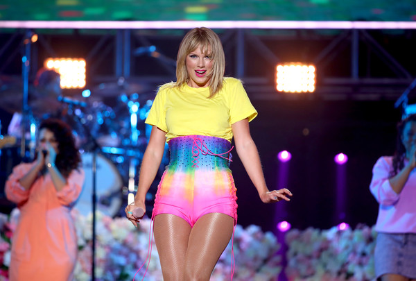 Taylor Swift High-Waisted Shorts [the juv\u00e9derm\u00ae collection of dermal fillers - show,the juv\u00e3\u2030derm\u00e2\u00ae collection of dermal fillers,performance,fashion,event,thigh,leg,abdomen,human body,fun,dancer,stage,iheartradio wango tango,taylor swift,commercial use,dignity health sports park,carson,california,2019 iheartradio wango tango]