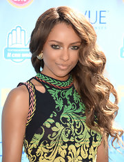 Kat Graham opted for high drama with a side sweep.