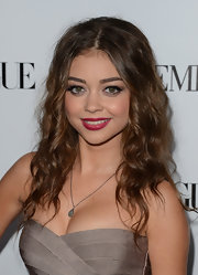 Sarah Hyland's spiral curls had a crimped look to them.