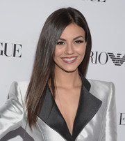 Victoria Justice showed off a super-sleek 'do at the Teen Vogue Young Hollywood Issue party.