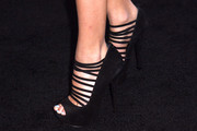 Madison Beer looked fierce in her strappy black platform peep-toes at the Teen Vogue Young Hollywood party.
