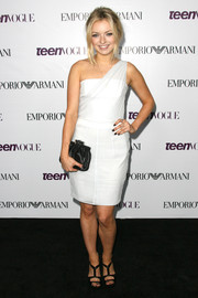 Francesca Eastwood sported a simple yet chic white one-shoulder dress at the Teen Vogue Young Hollywood party.