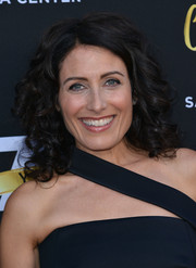 Lisa Edelstein topped off her look with sweet bouncy curls for the Television Academy's 70th anniversary gala.