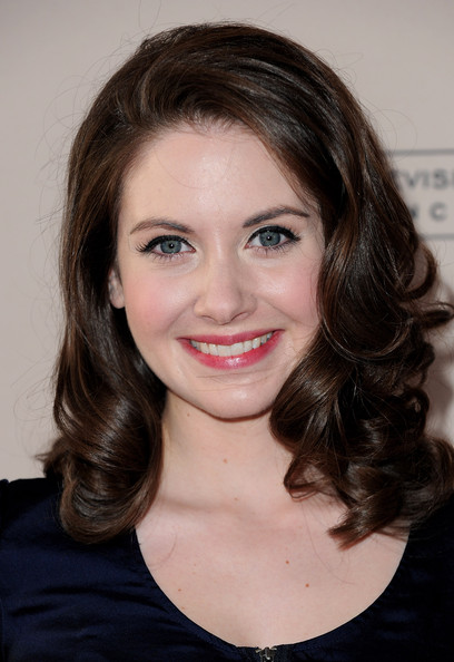 More Pics of Alison Brie Medium Curls (1 of 7) - Alison Brie Lookbook - StyleBistro
