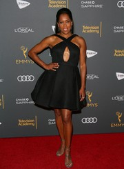 Regina King completed her red carpet attire with a pair of silver ankle-strap sandals.
