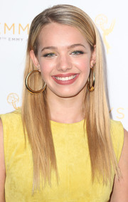 Sadie Calvano wore her tresses in pin-straight layers during the cocktail reception celebrating the 67th Emmys.