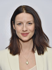 Caitriona Balfe sported a casual layered cut at the 'Outlander' panel discussion.