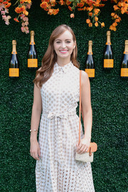 Ahna O'Reilly accessorized with a cute straw shoulder bag at the Veuve Clicquot Polo Classic.