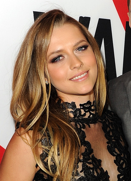 Teresa Palmer Smoky Eyes