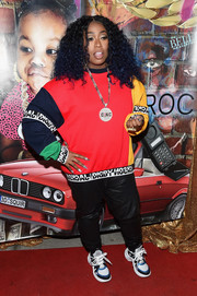 Missy Elliott looked cool in a color-block sweatshirt by Digby Jackson London at the grand opening of the Junie Bee Nail Salon.