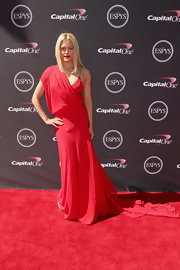 Peta's draped gown had a soft Grecian feel to it on the red carpet at the ESPY Awards.