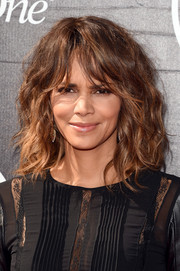 Halle Berry sported a mop of waves during the ESPYs.