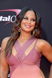Laila Ali looked gorgeous with her long wavy hairstyle at the 2017 ESPYs.