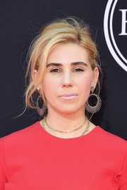Zosia Mamet worked a messy-sexy updo at the 2017 ESPYs.