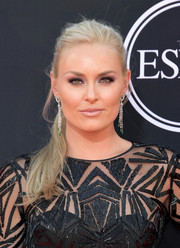 Lindsey Vonn sported a messy ponytail at the 2017 ESPYs.