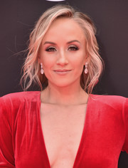 Nastia Liukin looked romantic with her loose braid at the 2018 ESPYS.