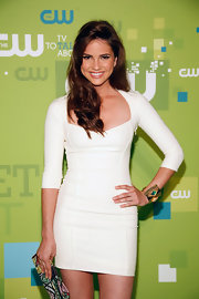 Shelley Hennig opted for a little glitz at the CW Network event with a gold cuff bracelet.