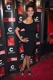 Halle Berry brought the sexy to the Chicago premiere of 'The Call' wearing this cutout LBD.