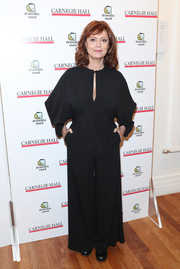 Susan Sarandon chose a loose black jumpsuit with a keyhole neckline for the Children's Monologues event.