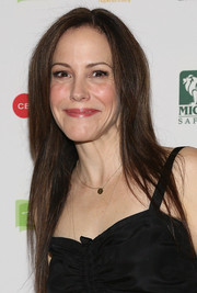 Mary-Louise Parker went for simple styling with this long straight cut when she attended the Inaugural Hope North Gala.