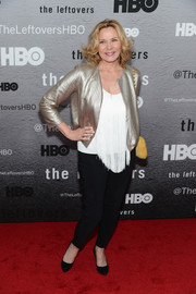 Kim Cattrall made a fab appearance in a silver cropped jacket layered over a fringed white top at the premiere of 'The Leftovers.'