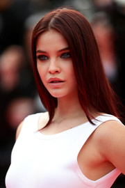 Barbara Palvin wore her hair sleek straight during the premiere of 'The Search.'