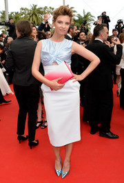 Ruth Crilly's red ombre Christian Dior clutch provided a striking contrast to her outfit.