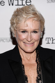Glenn Close rocked a tousled short 'do at the New York screening of 'The Wife.'
