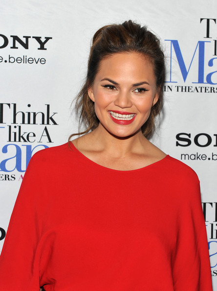 More Pics of Chrissy Teigen Red Lipstick (1 of 15) - Chrissy Teigen Lookbook - StyleBistro
