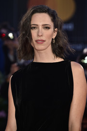 Rebecca Hall went edgy-chic with this messy wavy hairstyle at the Venice Film Festival premiere of 'Three Billboards Outside Ebbing, Missouri.'