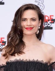 Hayley Atwell showed off a stylish wavy 'do at the Three Empire Awards.