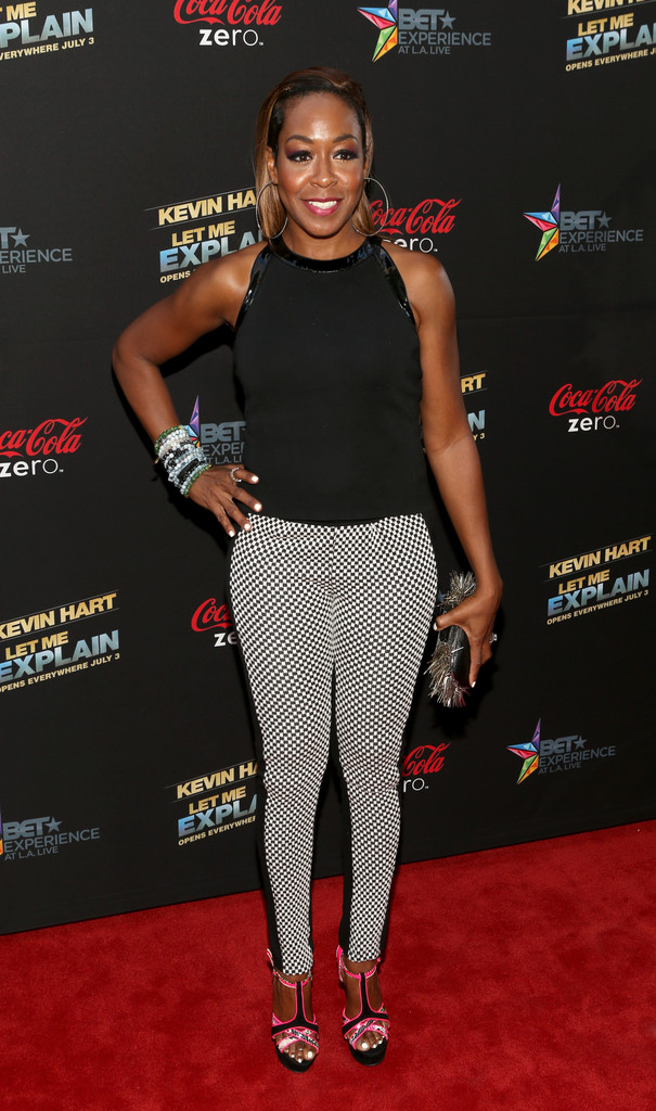 Tichina Arnold Fitted Blouse - Tichina Arnold Looks ...