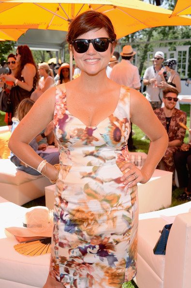 Tiffani Thiessen Wayfarer Sunglasses