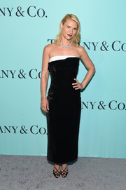 Claire Danes went for minimalist elegance in a strapless black velvet dress with a contrast neckline during the Tiffany & Co. Blue Book Collection Gala.