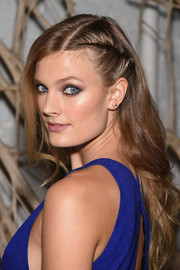 Constance Jablonski attended the Tiffany & Co. 2015 Blue Book celebration wearing a cute half-twist hairstyle.
