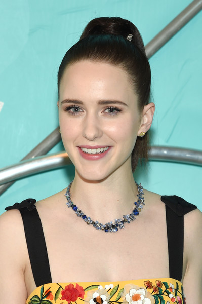 Rachel Brosnahan styled her hair into a sleek high ponytail for the Tiffany Blue Book Collection celebration.