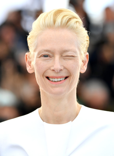 Tilda Swinton Fauxhawk [the dead dont die,hair,face,hairstyle,skin,facial expression,eyebrow,blond,chin,beauty,forehead,tilda swinton,photocall,photocall,cannes,france,the 72nd annual cannes film festival]