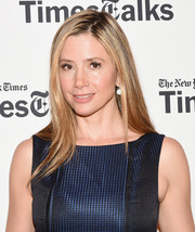 Mira Sorvino attended TimesTalks wearing a simple straight hairstyle.