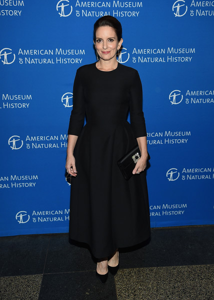 Tina Fey Gemstone Inlaid Clutch [the american museum of natural history 2018 gala,clothing,dress,cobalt blue,blue,electric blue,cocktail dress,fashion,formal wear,little black dress,footwear,tina fey,new york city,american museum of natural history,gala]
