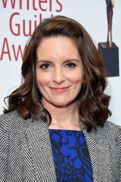 Tina Fey Medium Curls [hair,face,hairstyle,lip,layered hair,brown hair,long hair,premiere,blond,electric blue,arrivals,tina fey,writers guild awards,new york,edison ballroom]