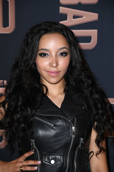 Tinashe Long Curls