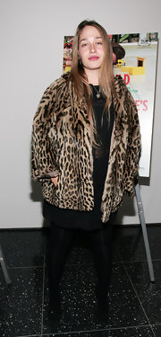 Jemima Kirke donned this short leopard coat to keep warm at the 'Tiny Furniture' premiere.