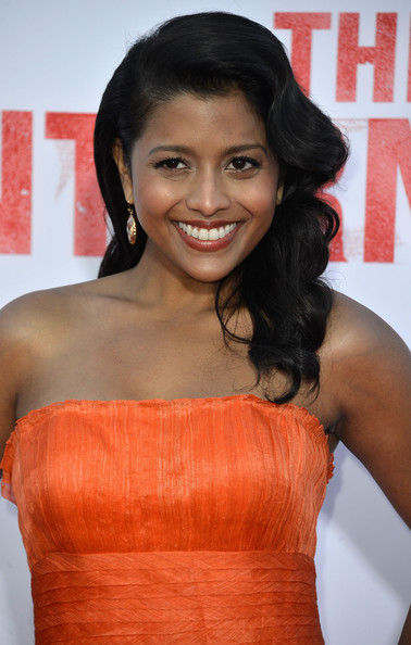 Tiya Sircar Long Wavy Cut