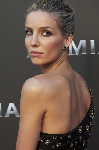 More Pics of Annabelle Wallis One Shoulder Dress (1 of 19) - Annabelle Wallis Lookbook - StyleBistro [the mummy madrid premiere,cinema,hair,face,hairstyle,shoulder,eyebrow,beauty,chin,lip,skin,fashion model,annabelle wallis,tom cruise attends,madrid,spain,callao,premiere]