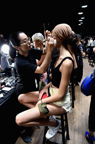 More Pics of Kaia Gerber Chain Strap Bag (3 of 5) - Shoulder Bags Lookbook - StyleBistro [fashion,snapshot,event,crowd,leg,footwear,performance,photography,shoe,thigh,kaia gerber,tom ford,tom ford - backstage,new york city,park avenue armory,new york fashion week,fashion show]